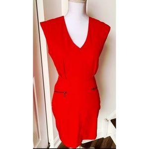 Women's Sleeveless V-Neck Shift Dress Sz S BNWT